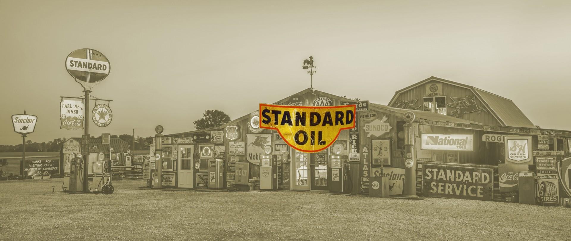 Copertina di Standard Oil